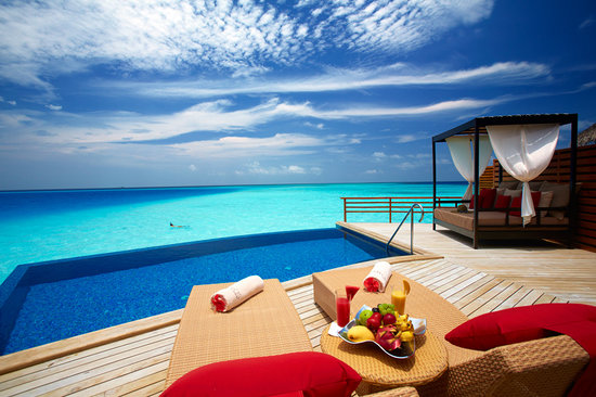 Baros Maldives : Water Pool Villa