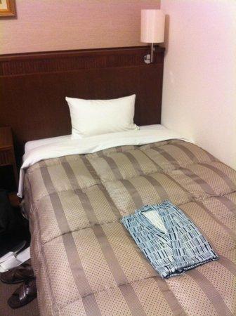 Route-Inn Grantia Ishigaki : きれいなベッド