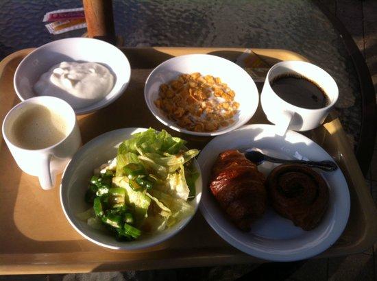 Route-Inn Grantia Ishigaki : おいしいバイキング、洋食