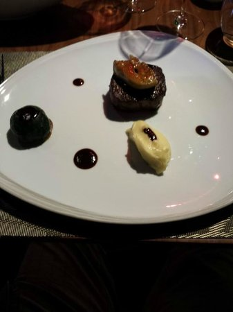 Pullman Saigon Centre Hotel : Beef with foie gras