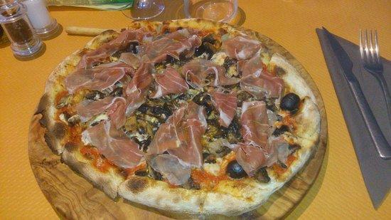 Pizza restaurant lia Photo de La Lia, Sainte Genevi u00e8ve des Bois TripAdvisor # Pizza Sainte Genevieve Des Bois
