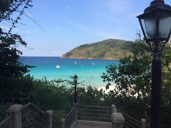 The Taaras Beach & Spa Resort : view from cliff view block