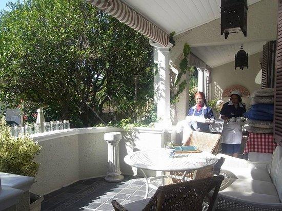Parker Cottage: Veranda