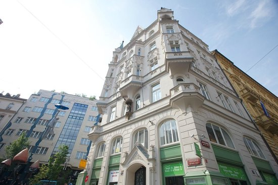 Hostel Mingle Updated 2018 Prices Reviews Prague Czech