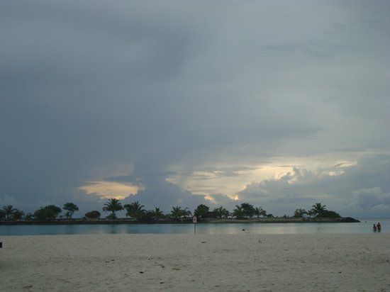 Paradise Island Resort & Spa : View From the Resort