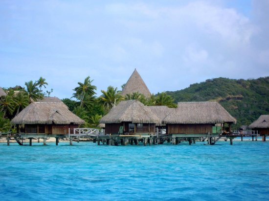 Sofitel Bora Bora Private Island : Sofitel from the Lagoon