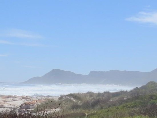 Scarborough beach towards Misty Cliffs