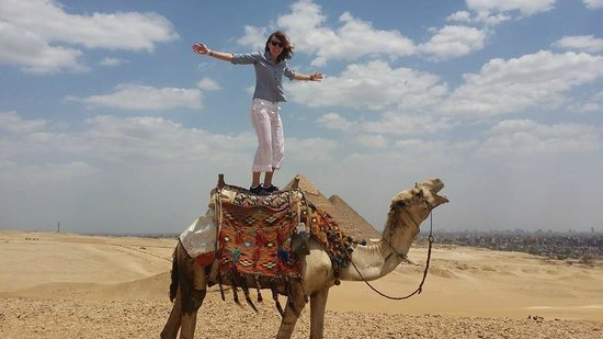 Cairo-Overnight Tours - Day Tours: Camel riding and the Pyramids at Giza