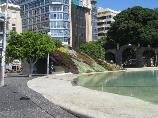 Plaza de España: Plaza de Espania ( Tourist- Info )