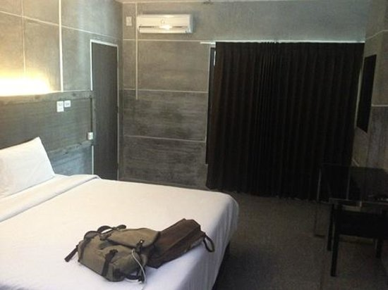Bangkok 68: King Size Room
