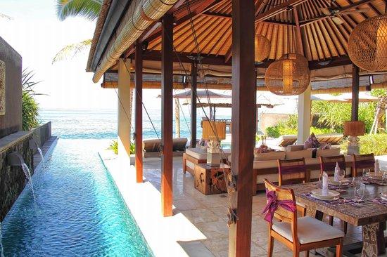 Anapuri Villas Bali Best 3 Bedroom Beachfront Villa Puri Saanti Dining To Pool