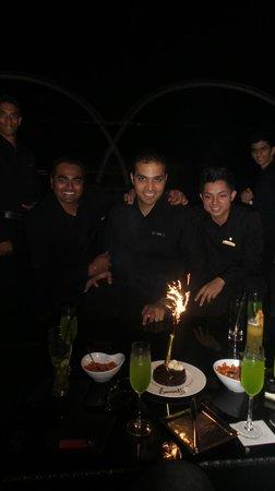 Four Seasons Hotel Mumbai: Wonderful staff