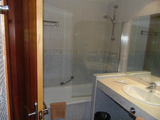 SBH Club Paraiso Playa: salle de bains