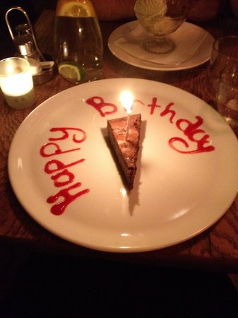 Pera Restaurant islington: Birthday dessert