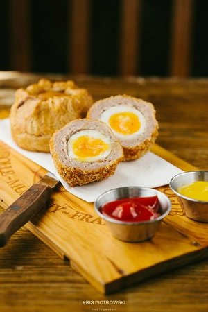 The Black Dog Freehouse: Famous scotch eggs & Pork Pies