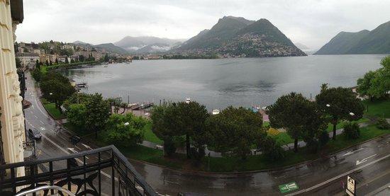 Hotel Victoria au Lac: Verregneter Seeblick