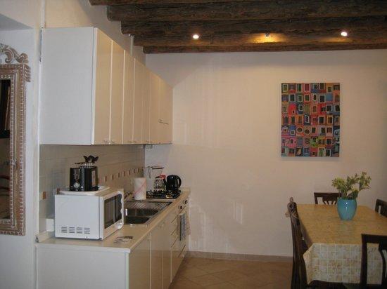 Hotel da Bruno: Kitchen