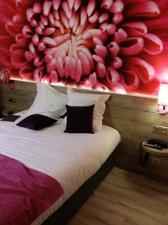 Inter-Hotel Le Garden Tours-Sud : vue chambre