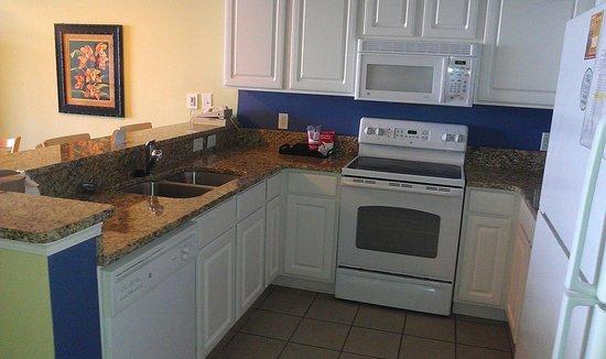 Paradise Resort: Full kitchen