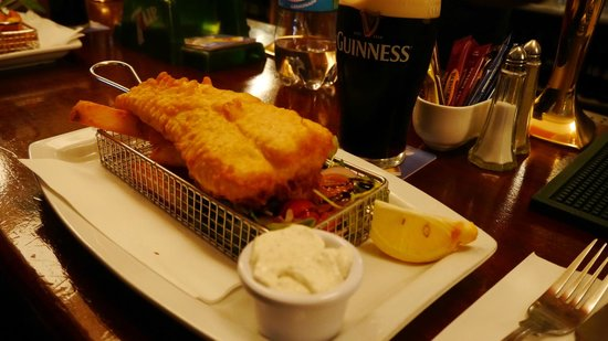 The Coach House Restaurant: Fish and Ships