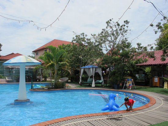 The Kingdom Resort & Spa: Pool 2