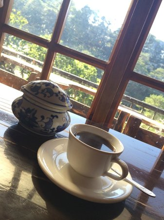 Yoghurt House: brewed coffee