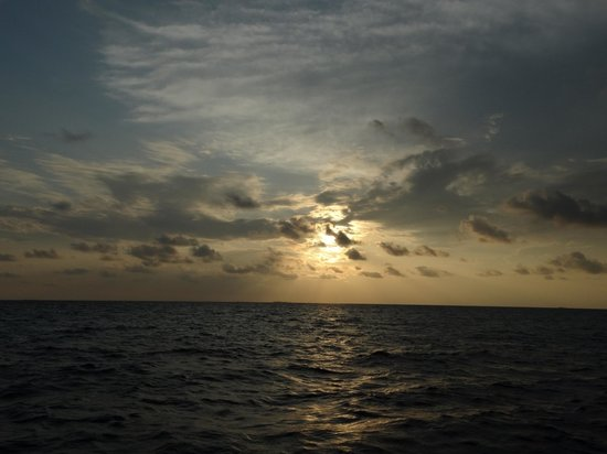 Centara Grand Island Resort & Spa Maldives: Another sunset