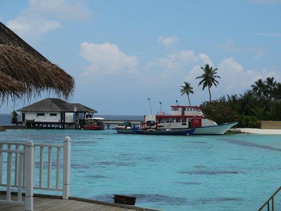 Centara Grand Island Resort & Spa Maldives : Diving center and Centara supply boat