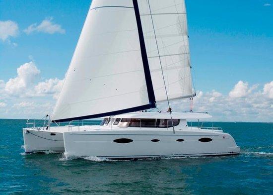 Lloyd Marine Yacht Charters