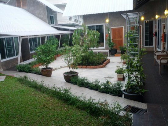 Zan Pla Nade Guest House