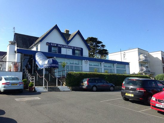 Best Western New Holmwood Hotel: Great location (our rooms at front over lounge/restaurant)