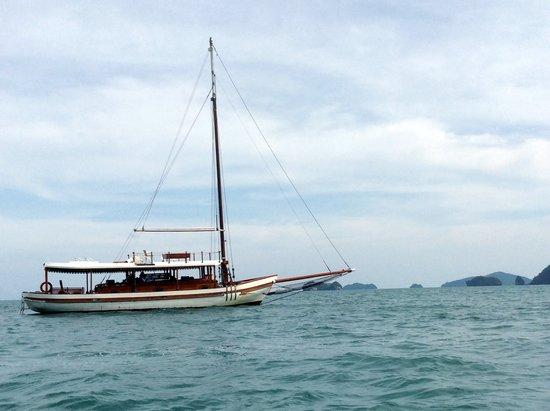 Damai Indah A Day in Paradise: Damai Indah in the sea.