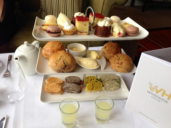 Wivenhoe House: Afternoon tea