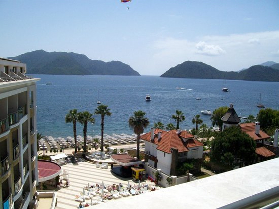 Golden Rock Beach Hotel: zicht vanuit de kamer