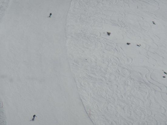 Diavolezza : スキーをする人