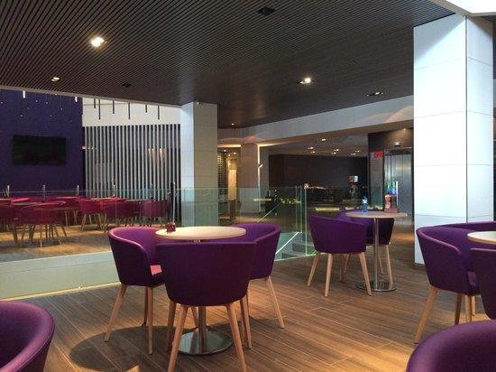 Aqua Hotel Aquamarina & Spa: Salle au bar