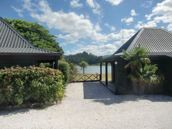 Pacific Harbour Lodge: Blick auf die Lagune