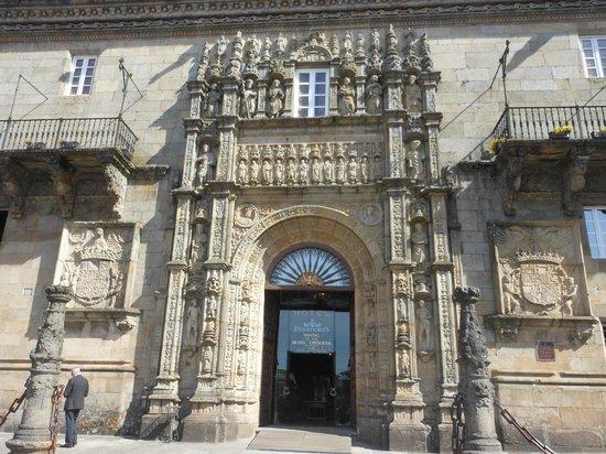 Plaza del Obradoiro: Hostal de los Reyes Catolicos
