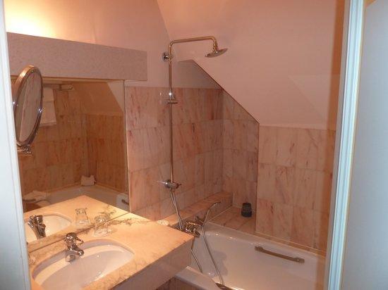 Chateau de Noizay : la salle de bain