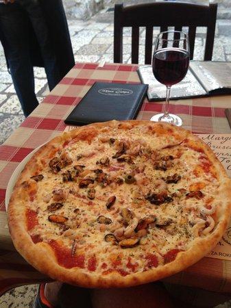 Mea Culpa Pizzeria & Trattoria : Pizza Frutti di Mare