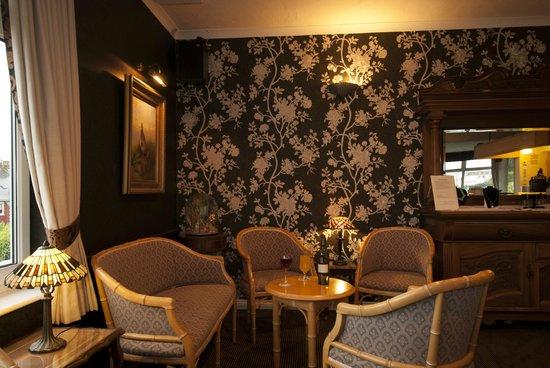 Summerhill Hotel: Bar