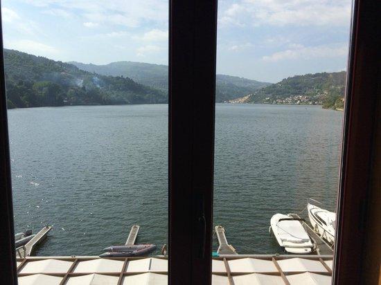 Hotel Porto Antigo: Vista da janela do quarto