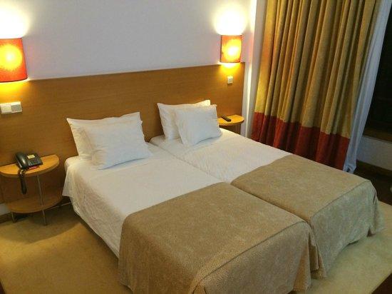 Hotel Porto Antigo: Quarto Duplo