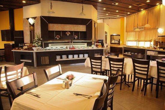 Lev Yerushalayim: Dining Hall