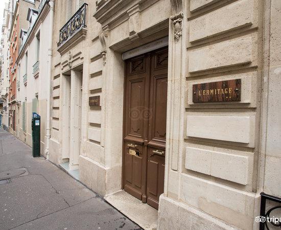 Ermitage Hotel  Rue Lamarck