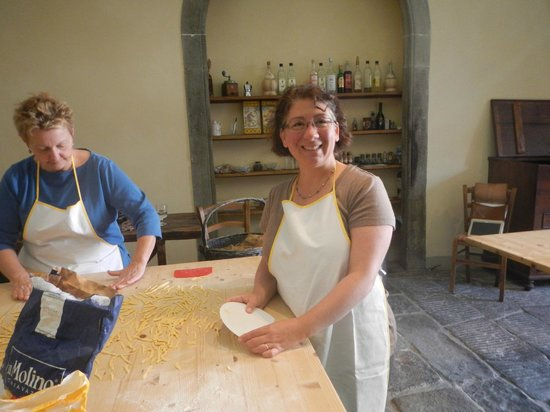 Good Tastes of Tuscany - Day Classes: Making pasta by hand