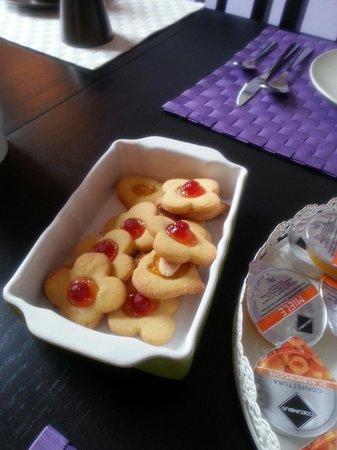 B&B Il Magnifico Soggiorno : Colazione con biscotti fatti in casa
