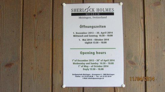 Sherlock Holmes Museum : Horario de trabajo del Museo de S.O.