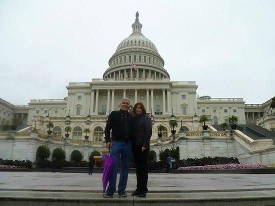 Capitol Hill : U.S. Capitol Building