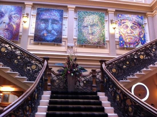 Royal Highland Hotel: a grand enterance - loved it all